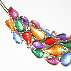 <strong>N9 </strong>Enamel Necklace