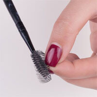 How to remove the Mascara