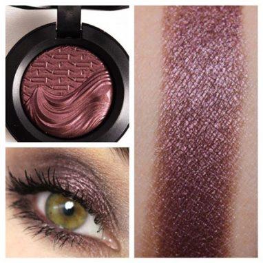Mac rich core extra dimension eyeshadow