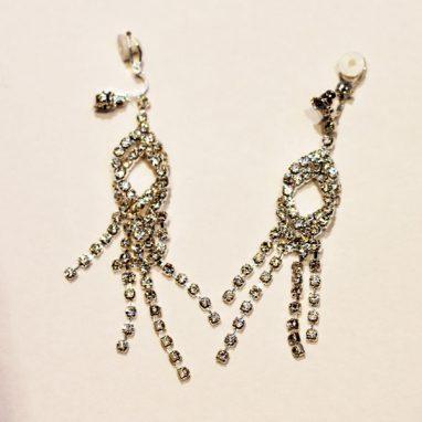 Long drop twist earrings