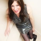 Sue Translife Dressing Service - crossdressing model